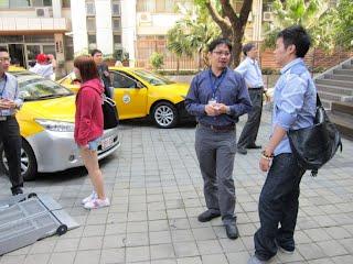 台中市溫代欣副局長與學生討論